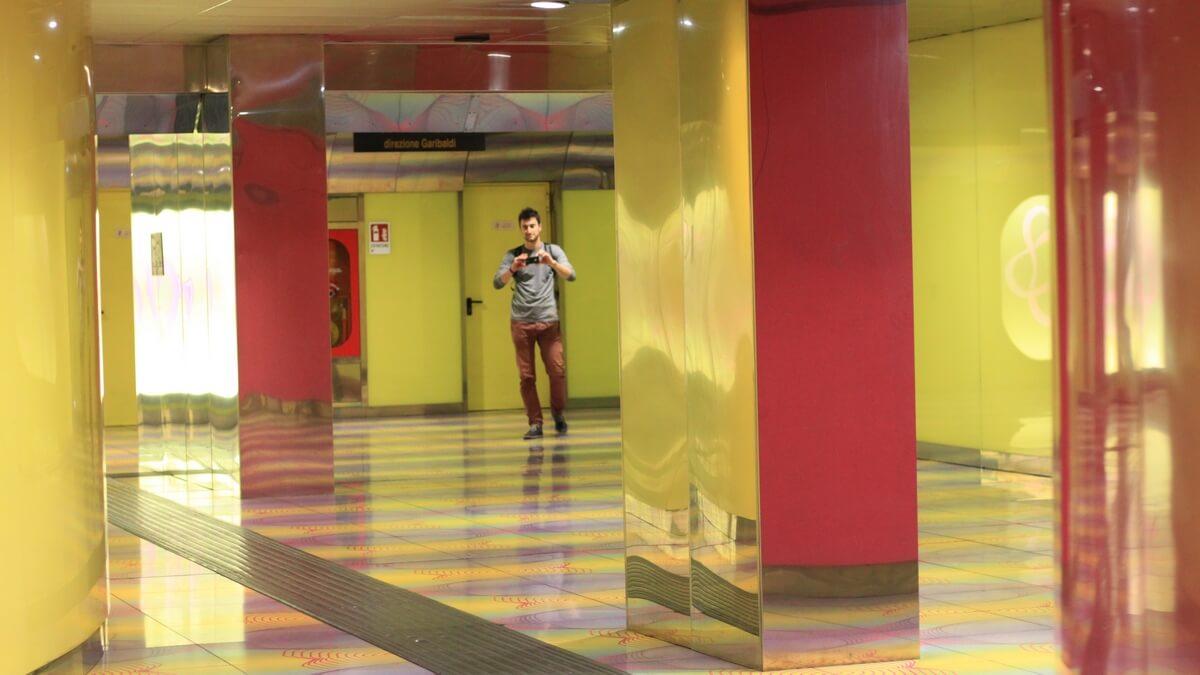 neapol stacja uniwersytet