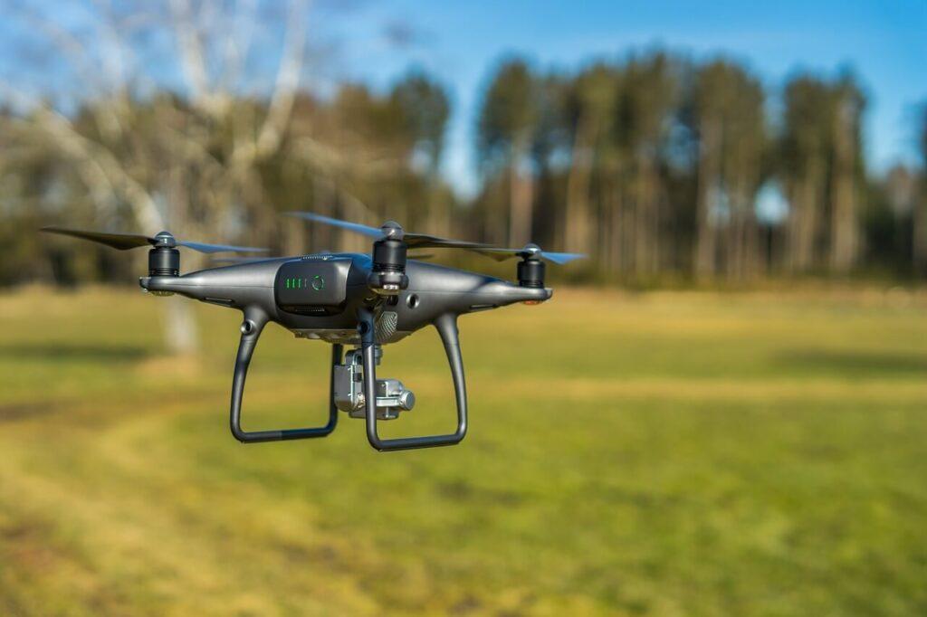prezent dla osoby często podróżującej - dron
